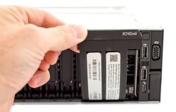 Tìm kiếm giá server Dell R740xd