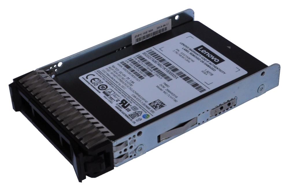 Lenovo ThinkSystem 2,5 900GB 15K SAS